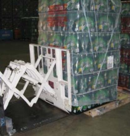 รถยกที่ใช้แรงดึงสิ่งที่แนบมาดึงในอุตสาหกรรมเครื่องดื่ม