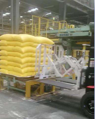 Forklift Pull Push Attachment ใช้สำหรับจัดการปุ๋ย